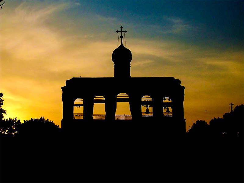 звон колокола на Литургии